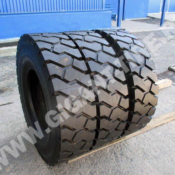 tire-Michelin-10-00R20-XZM