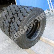 tire-Michelin-10-00R20-XZM-9