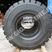 tire-Michelin-14-00-R24-XZM-2