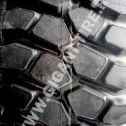 OTR tire 29.5R25 Titan STL3