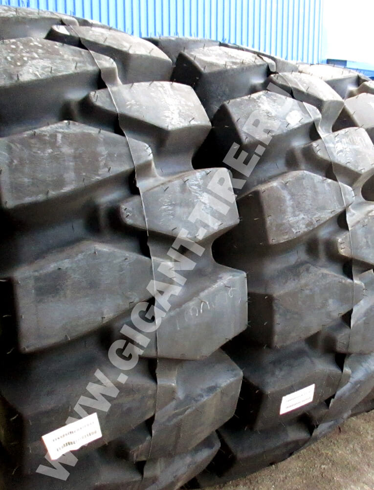 OTR tire Titan 29.5-25 LD-250