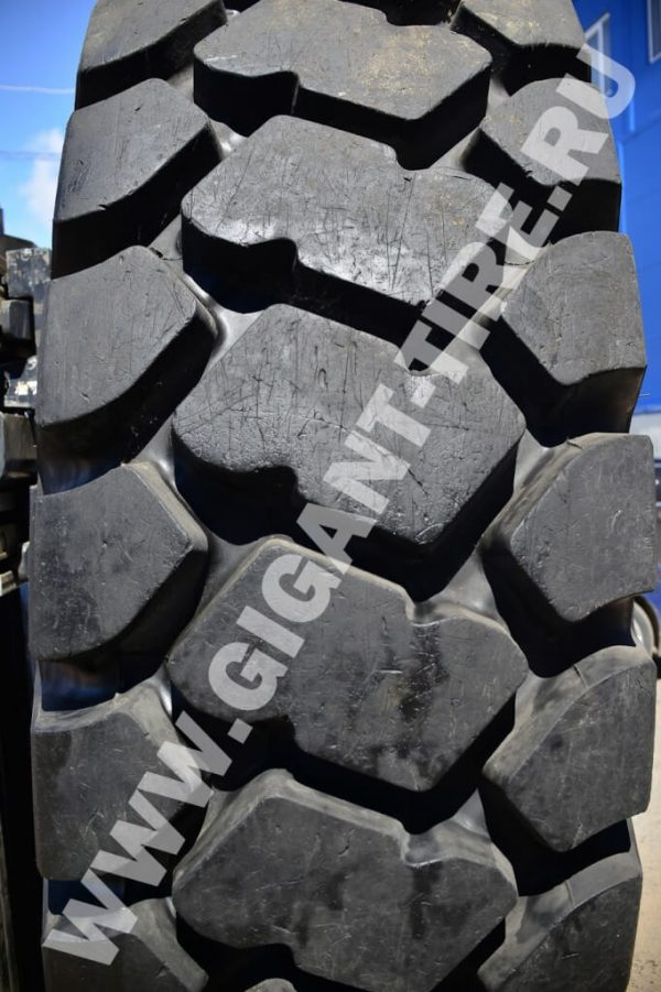 Used OTR tire Bridgestone 27.00R49 VMTP