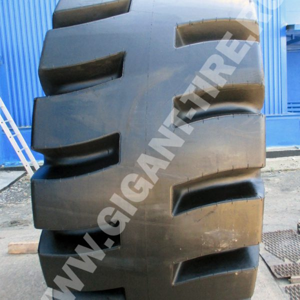 OTR tire Titan USA 40/65-39 LD-250